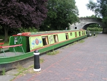 The Elinor canal boat operating out of Stone