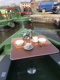 The Mino canal boat operating out of Stone
