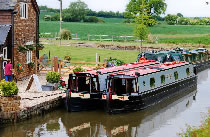 The Chieftain canal boat operating out of Twyford Wharf