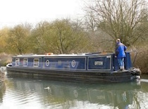 The Ufton Lock canal boat operating out of Aldermaston