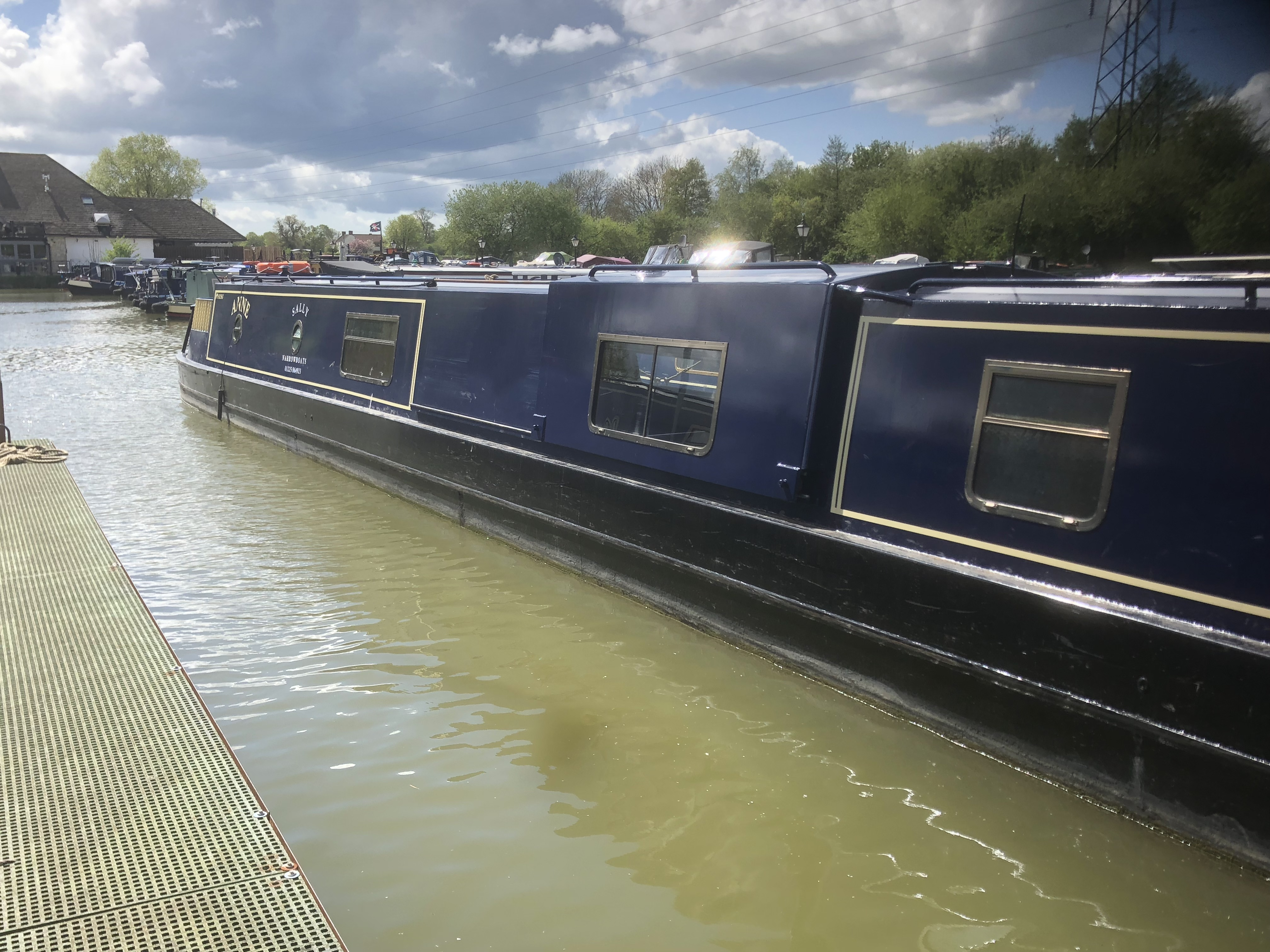 The S-Anne class canal boat