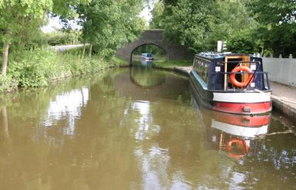 Llangollen canal from Blackwater
